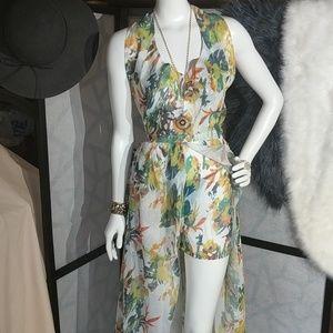 Dresses & Skirts - 👒Free People? Chiffon maxi w/shorts sz 8-12 nwot